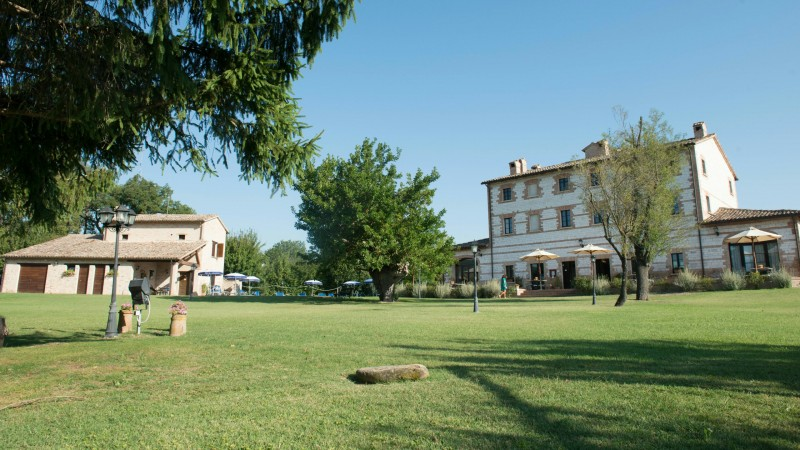 parco-ducale-country-house-urbania-external-5