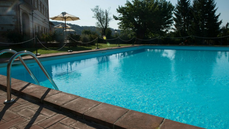 parco-ducale-country-house-urbania-piscina-7