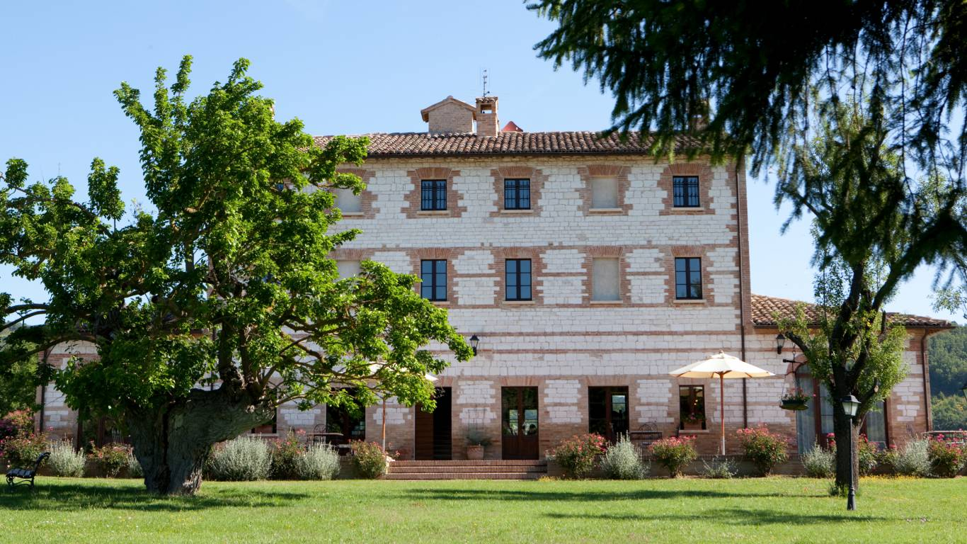 parco-ducale-country-house-urbania-external-9441