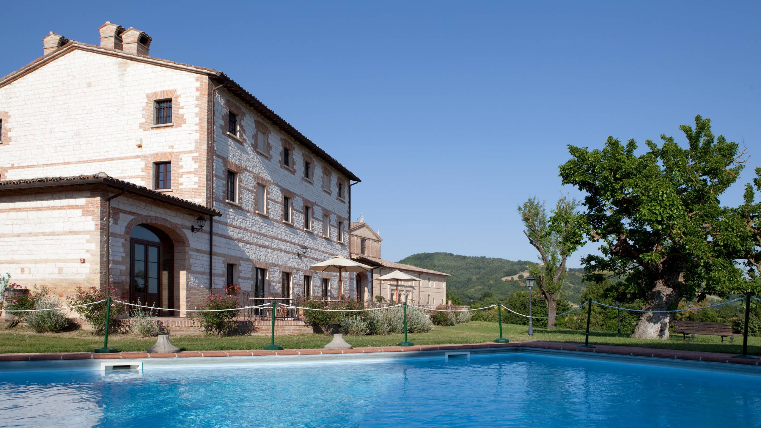 parco-ducale-country-house-urbania-pool-9491