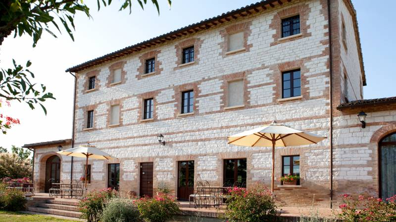 parco-ducale-country-house-urbania-external-9498