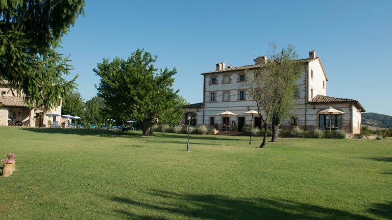 parco-ducale-country-house-urbania-external-4